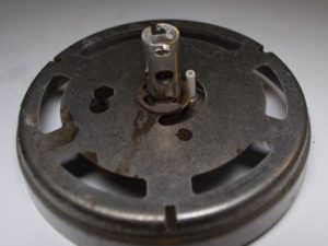 Upper burner locating lug