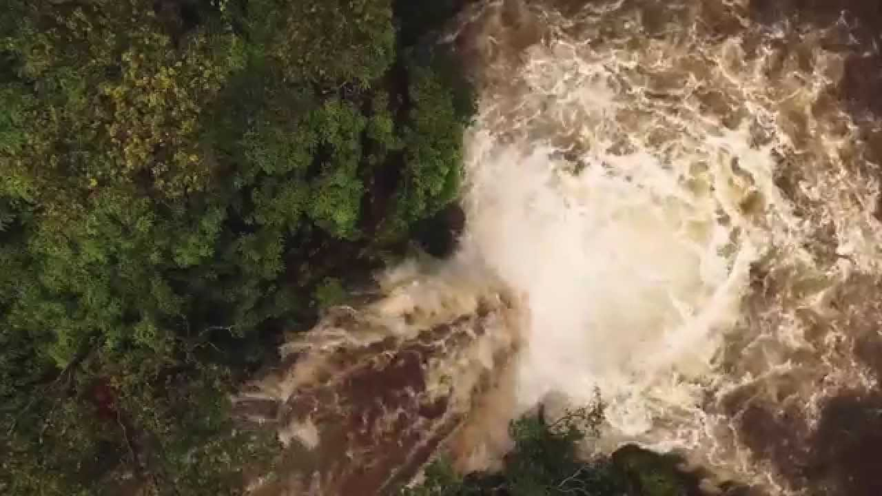 Video Flash Flood Washes Away Hiker On Waterfall In Hawaii