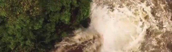 VIDEO: Flash flood washes away hiker in Hawaii