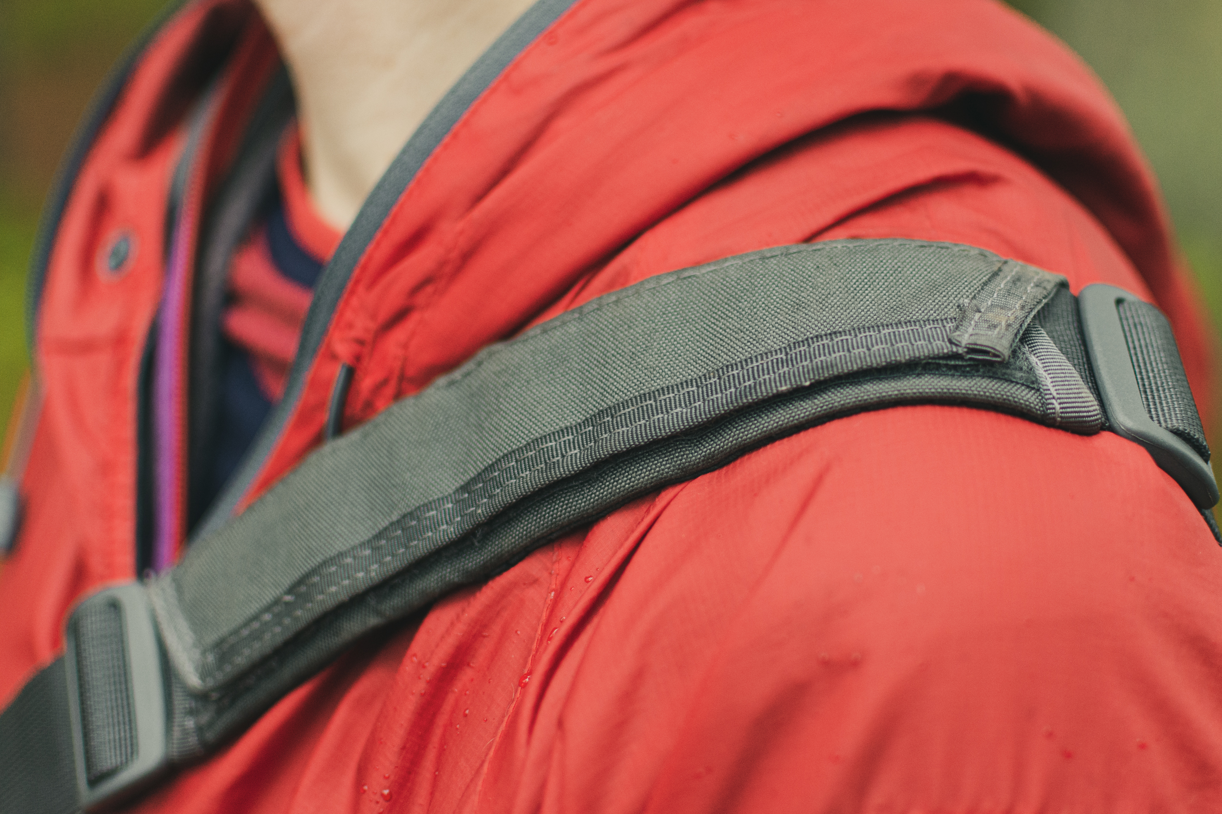 tactical shoulder bag uk